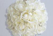 Wedding Flowers / by Whitney Buchanan