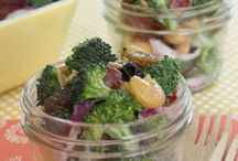 Food-Salads / by Amy Weaver