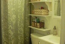 Tiny Bathroom / by Amanda Mauck
