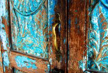Colorful Doors And Door Handles/Different / by Sandra Hozey