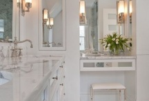Gorgeous Bathrooms / by Courtney Ewing