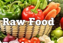 RAW FOOD DIET. / by Kimberly Masters