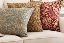 Pretty Pillows / by Monica Mingo