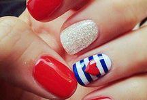 Nails / by Victoria Valentin