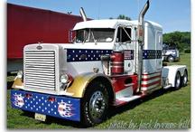 USA Trucks / by Umberto Cortesia
