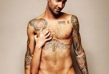 Love a Good Tattoo / by Kelli Jackson