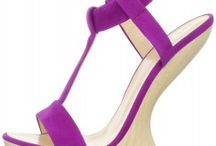 Shoes that I love / by Linnette Lora