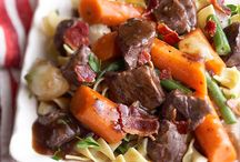 Slow Cooker Meals / by Maiden Jane