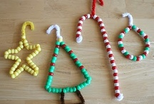 Simple Christmas Crafts / by Holly Kennedy