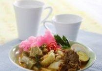 indonesian food / by Hana Rosie