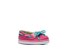 kids shoes / by Mariya Kroshinskaya