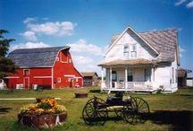 Barns, houses, old buildings / by Tina Burton