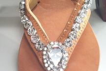 Handmade accessories / by Olga Gatziou