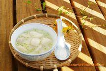 Vietnamese Recipes - Desert and Appetizer / by Loan Ranger