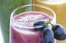 Smoothies/Juices/Misc Beverages / by Shanna Ballsrud