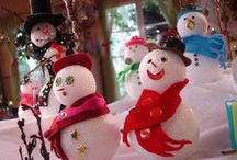 Snowman Crafts / What's more festive for the holidays than a snowman? Come here for all of the best snowmen and snowman craft projects.  / by AllFreeChristmasCrafts