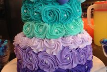 Cake decorating / by Shelley Walker