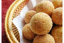 Indonesian Foods...mmm yumm..... / by Mega Chen