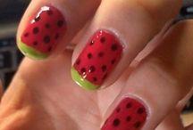 nails / by Jenny B.