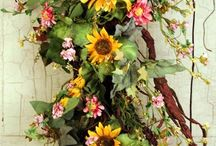 Flowers /Flores / by Andrea Tardin