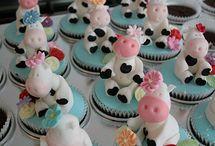 Cakes and Cupcakes / by Katrina Wade