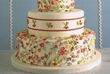 wedding cakes / by Joanette L. Hansen