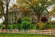 Houses I love / by Kath O'Neil