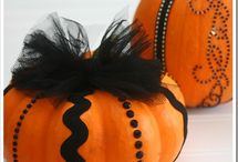 Halloween / by Leah Christensen Mattaeo
