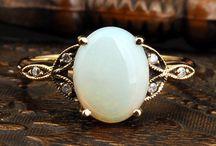 Beautiful Jewelry / by Arika Elizabeth