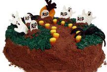 Cakes - Halloween / by Danielle's Taste Bud Ticklers