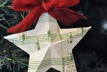 Holiday Decoration - Christmas / by Rachel Crookston