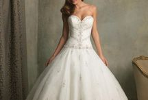 Wedding Dresses! <3 / by Chelsea White