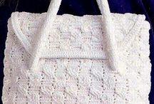 bolsos crochet / by Maria Jose Sepulveda Utrilla