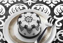 Mini Cakes / by Lola Homar