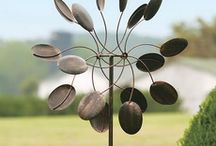 Garden windmill spinners / by Kathy DeGood
