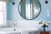 Bathroom / by Monica Desmarais