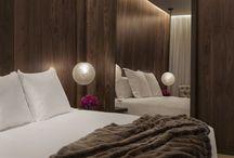 Hotel Comfort / Comfortabel slapen, luxe stoffen in het interieur, baden in  wellness / by Slaapkenner Theo Bot