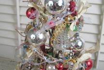 ornament tree / by Alma Creigh