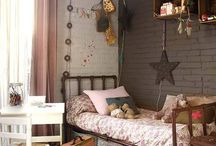 Kids' Rooms / by Andrea Grafmiller