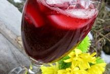 Drinks & Smoothies / by Jessika Gosen