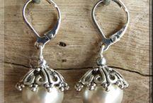 Jewelery / by Diane VandenHeuvel