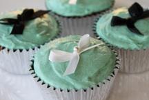 Cupcakes and muffins / Cupcakes and muffins / by Lynn Kolb Manocchio