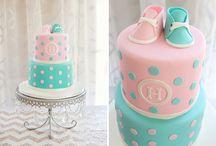 Bolos,mini bolos e cupcakes decorados / by Salete Golin Abrao
