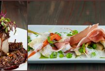 Restaurants / by Jessica Hooper