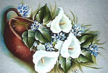 Pintura em Tecido / by Beatriz Wellis