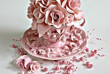 Beautiful Cakes / by Dianne Houben