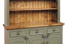 Buffet and Hutch Project / by Natasha Ann
