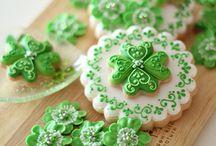 Cookies, Cookies, Cookies!!! / by Yvonne Wiche