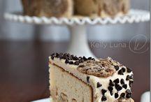 Cakes / by Rebecca Portale