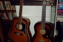 Muziekinstrumenten / by TRENDY MUURDECORATIE